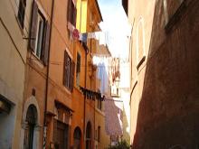 divieto panni stesi Roma